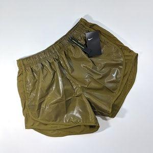 NEW Nike Standard Fit Tempo Short Metallic Green